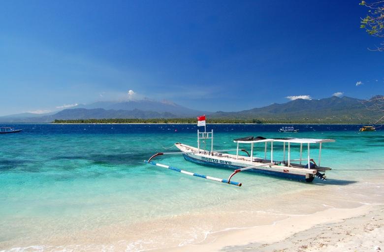 Sanur-Beach-Bali.jpg